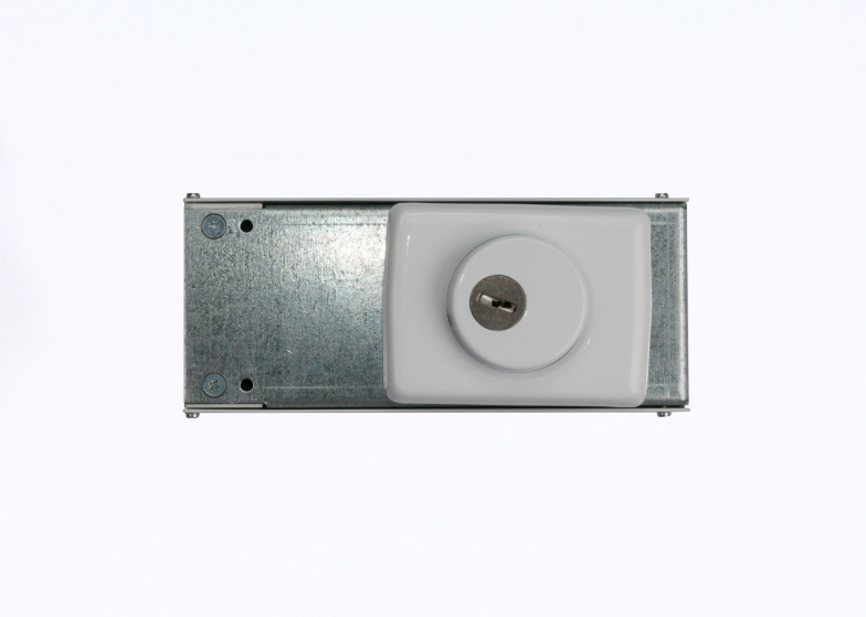 Брава 2006 едностранна брава (греда гаражна)